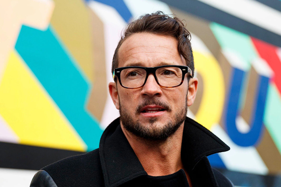 Hillsong New York Pastor Carl Lentz Tests Positive For Coronavirus Vine Pulse